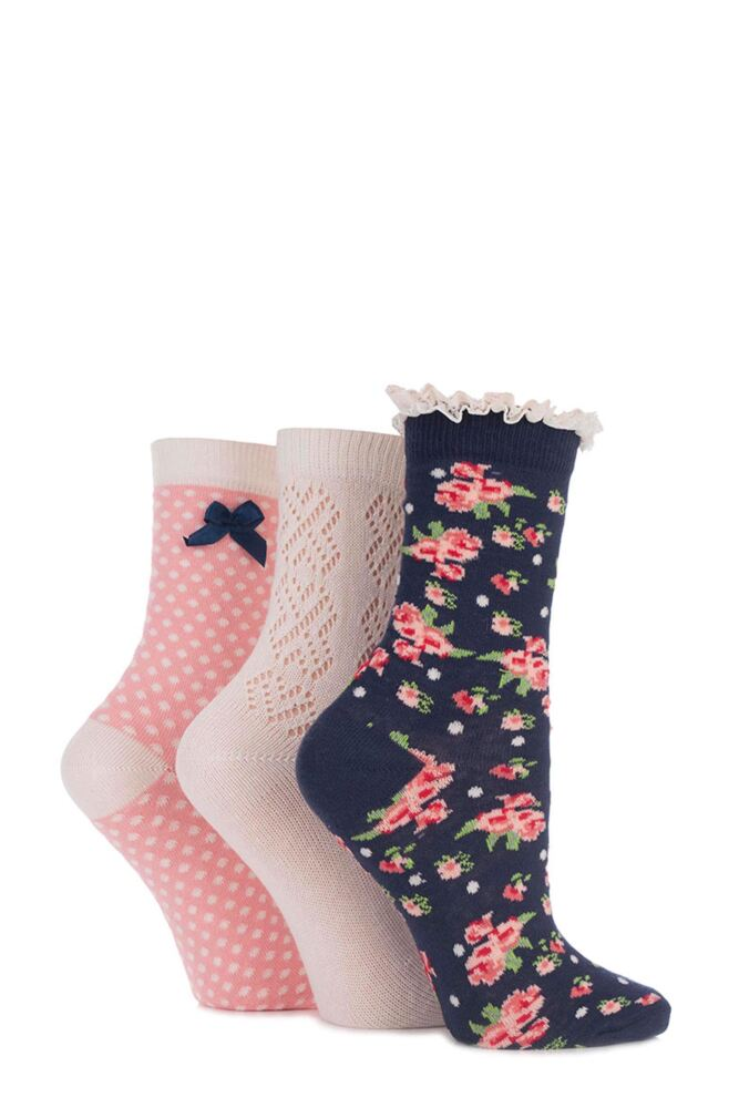 Ladies 3 Pair Totes Pelerine, Laced Floral and Spotty Cotton Socks 25% OFF