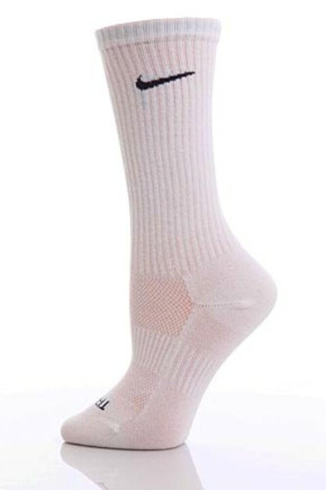 Mens and Ladies 1 Pair Nike Sport Performance Non Cushioned Crew Socks with Dri-FIT