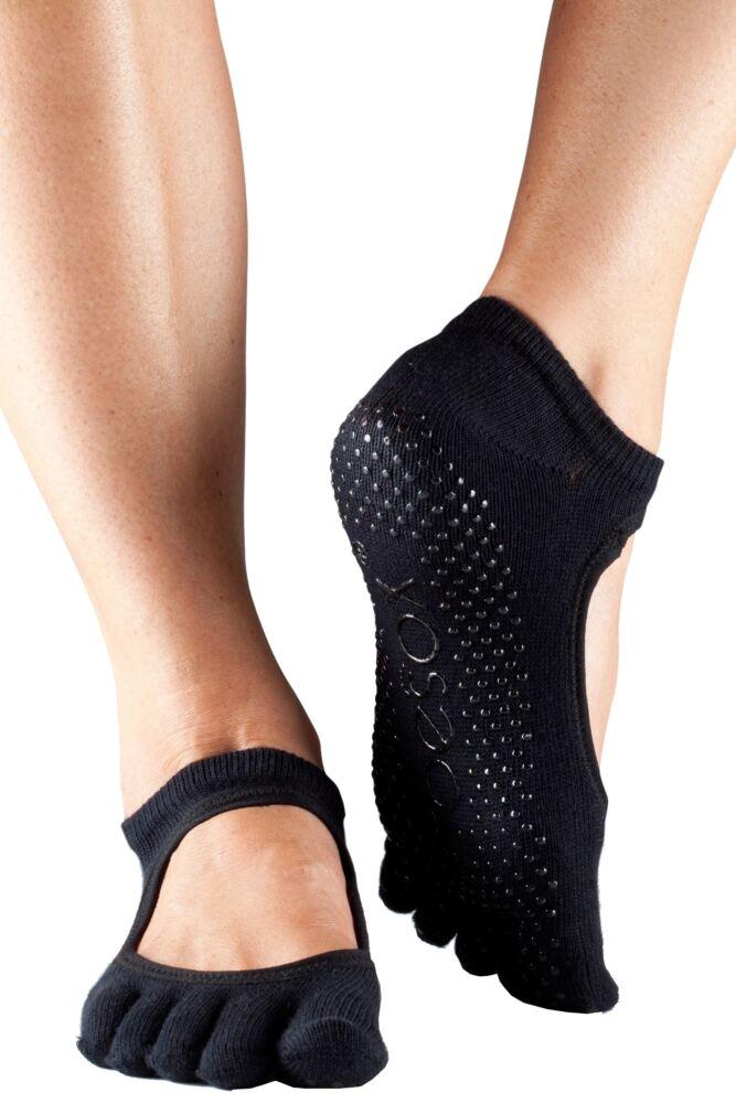 Ladies 1 Pair ToeSox Bella Full Toe Organic Cotton Open Front Yoga Socks In Black