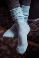 Ladies 1 Pair SockShop of London 100% Cashmere Bed Socks with Smooth Toe Seams Leading Image