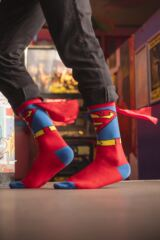 Mens 1 Pair SockShop Superman Cape Socks Leading Image