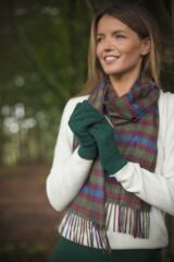 Ladies 1 Pair Great & British Knitwear Made In Scotland 100% Cashmere Plain Gloves In Green Leading Image