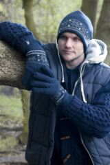 Mens 1 Pair Heat Holders 2.3 Tog Fairisle Gloves In Navy Leading Image