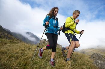 7 tips to keep hiking feet healthy