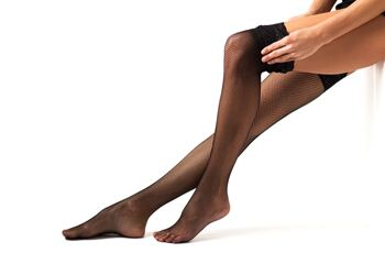 How to wear hold up stockings