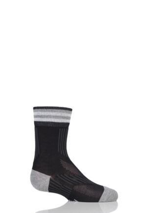 Boys and Girls 1 Pair Falke Run and Win Cotton Socks Black 23-26