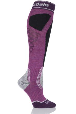 Ladies 1 Pair Bridgedale Alpine Tour MerinoFusion Midweight Ski Socks Magenta / Black 3-4.5 Ladies