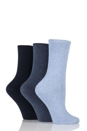 Ladies 3 Pair Charnos Comfort Top Crew Socks