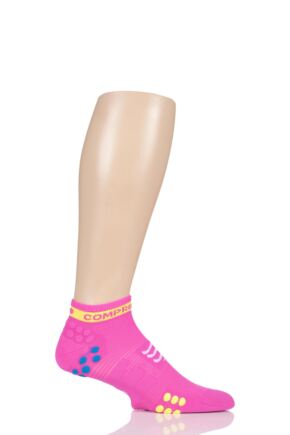 Compressport 1 Pair Low Cut V3.0 Racing Socks Fluo Pink 2.5-5.5 Unisex