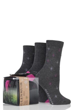Ladies 3 Pair Glenmuir Snowflake and Plain Bamboo Socks In Gift Box Charcoal 4-8