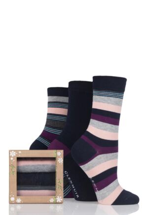Ladies 3 Pair Glenmuir Striped and Plain Bamboo Socks In Bamboo Gift Box