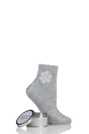 Ladies 1 Pair Totes Super Soft Bed Socks and Scented Candle Gift Set Snowflake One Size