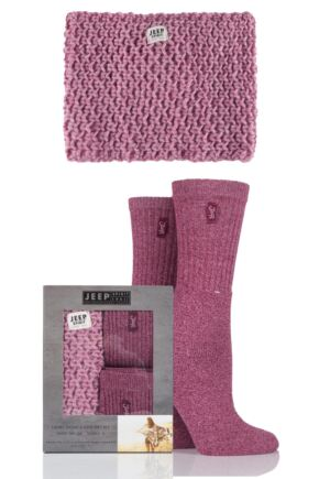 Ladies Jeep Spirit Chunky Knit Snood Scarf and 2 Pairs of Twisted Yarn Socks Gift Box Rose One Size