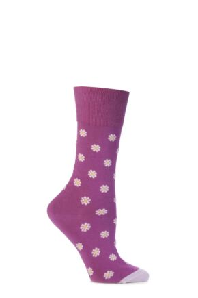 Ladies 1 Pair Corgi Fine Gauge Cotton Daisy Patterned Socks Wine
