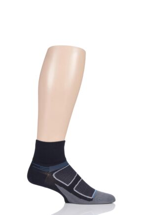 Feetures 1 Pair Elite Light Cushion Quarter Socks