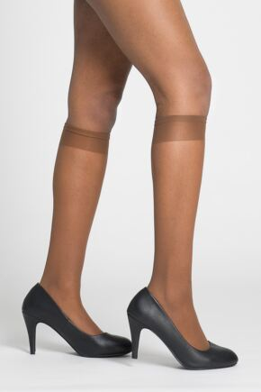 Ladies 2 Pair Pendeza 15 Denier Tone 10, 20, 30, 40 and 50 Knee Highs For Darker Skin Tones