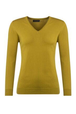 Ladies Great & British Knitwear 100% Merino V Neck Jumper Piccalilli D Large