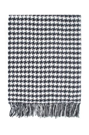 Ladies Great & British Knitwear Made In Scotland 100% Pure New Wool Houndstooth Pattern Wrap