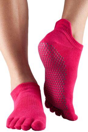 Ladies 1 Pair ToeSox Full Toe Organic Cotton Low Rise Yoga Socks In Fuchsia Fuchsia 6-8.5