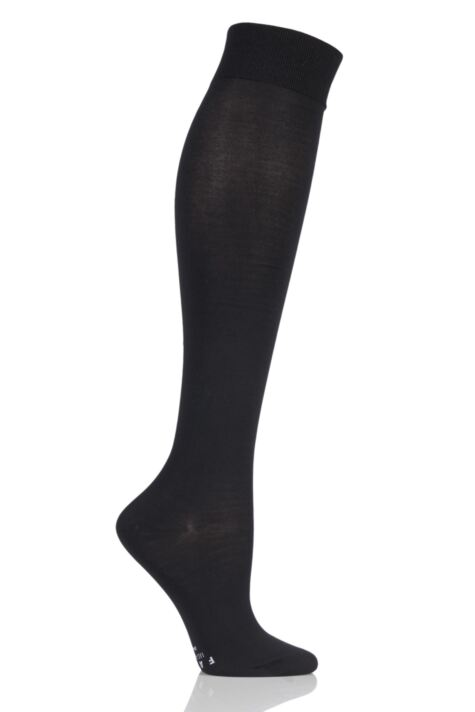 Ladies 1 Pair Falke Medium Leg Vitalizer Compression Socks Product Image