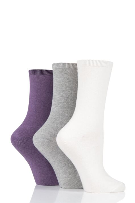 Ladies 3 Pair Charnos Comfort Top Sock Product Image