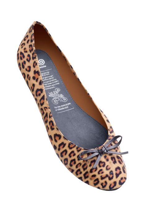 Ladies 1 Pair Rollasole Leopard Print Rollable After Party Shoes to Keep in Your Handbag Product Image
