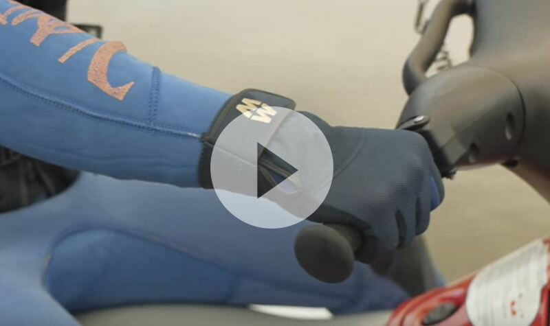 MacWet Gloves In Action - Wear when Jet Skiing