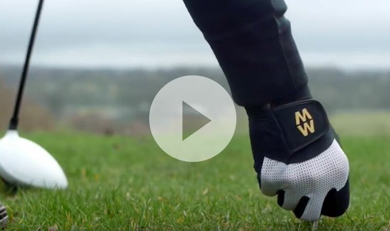 Golf Kit Must Have - MacWet Gloves at SockShop