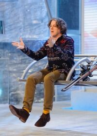 Alan Davies adds a splash of colour
