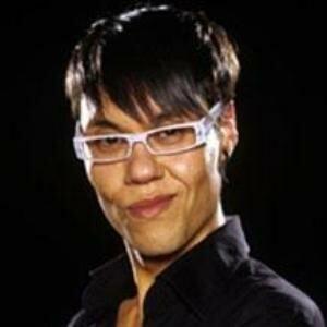 Gok Wan doles out hosiery help