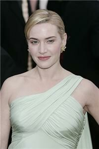 Kate Winslet 'shines in stockings'
