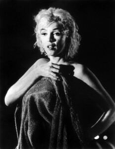 Marilyn Monroe's bra and stockings auctioned