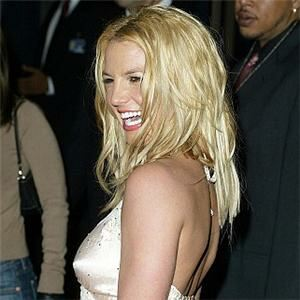 Britney dons lacy stockings for risque new song
