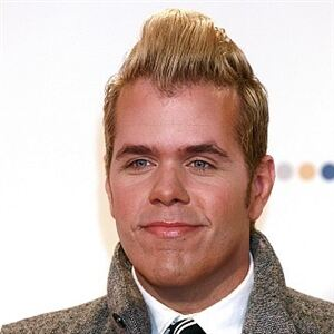 Perez Hilton dons outlandish attire to mimic Lady Gaga