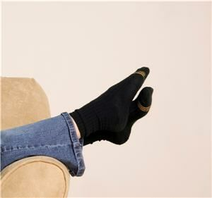 Black socks 'a must for business shoes'