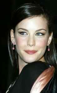 Liv Tyler effortlessly chic in tights at Sundance The Ledge premier