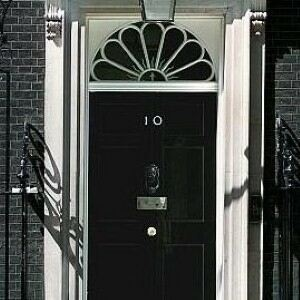 Shoeless ministers raise eyebrows at Number 10