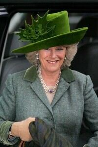 Camilla buys Zulu hat in South Africa