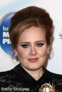 Adele finally emerges in black leggings