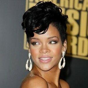 Rihanna underwear ad named sexiest of 2011