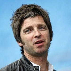 Noel Gallagher loves women's underwear