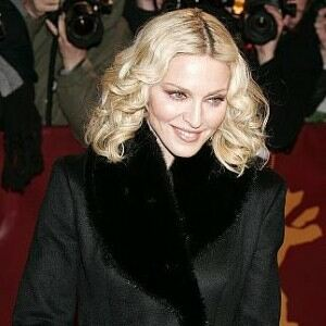 Madonna overexposes with fishnet tights