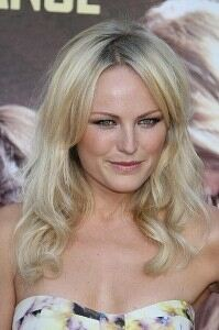 Malin Akerman remains modest in underwear