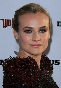 Diane Kruger chills out in floral leggings
