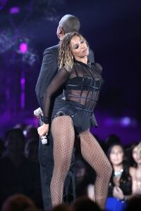 Beyonce looks great in fishnets