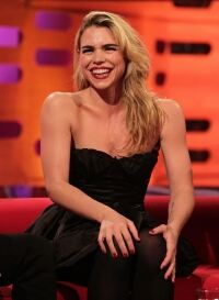 Billie Piper avoids tights faux pas