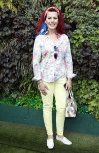 Cleo Rocos accessorises with a scarf