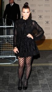 Kourtney rocks patterned tights