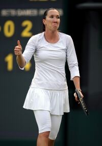 Leggings prove unlucky for Jankovic