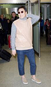 Psy needs some socks for UK winter